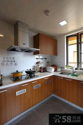 简约小厨房实木橱柜装修设计