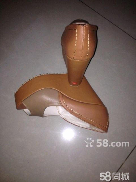 【图】时尚蜜桃鱼嘴坡跟鞋-河西越秀路服装/散装全新干图片