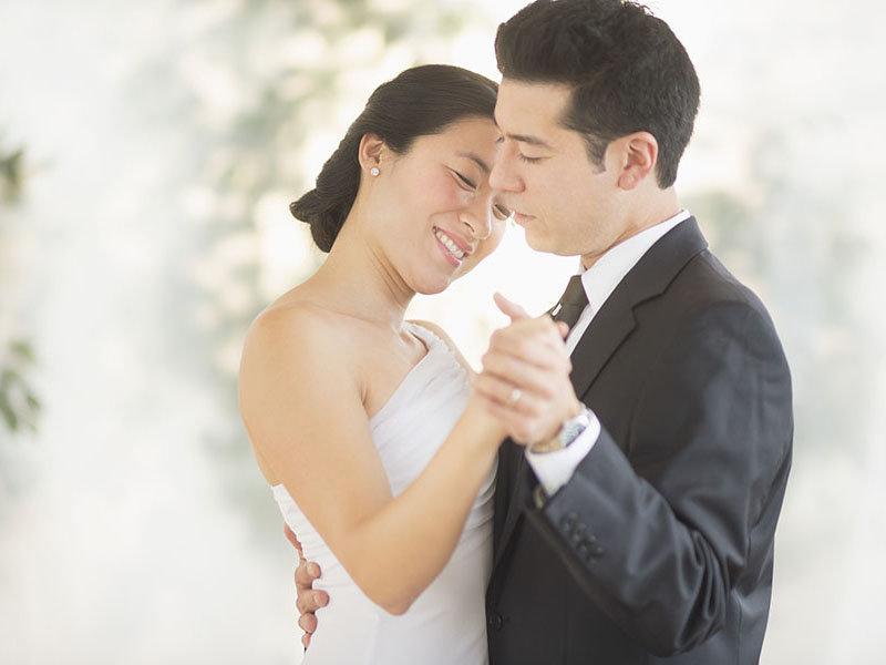 婚庆礼服出租