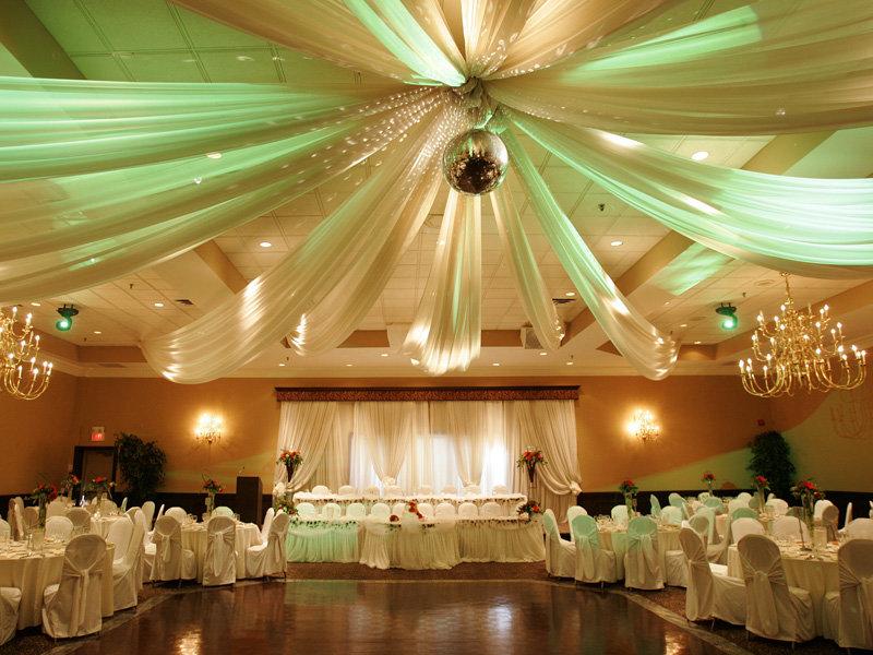 和美灯光鲜花婚礼全套含T台人员布置全套15800