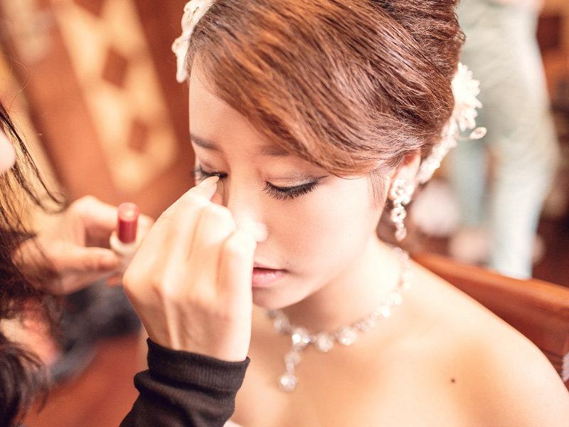 专业彩妆造型、新娘婚礼跟妆、生活妆、晚宴妆、个人妆