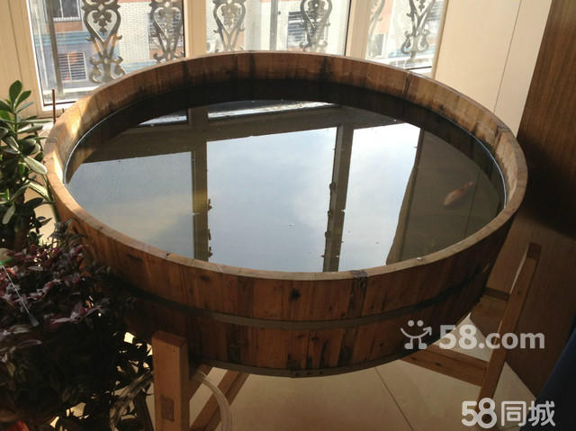 出售直径1.2米养金鱼/锦鲤木海(大木盆)含支架