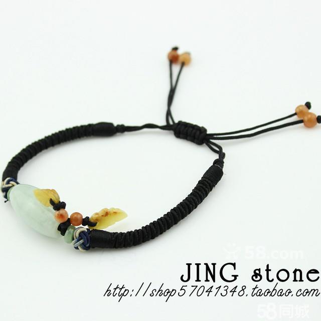 这款是纯手工编织的手链,翡翠桶珠跟叶子,实物比图片更好看,孤品,低调