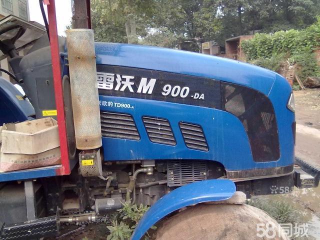 福田雷沃欧豹拖拉机 高清图片