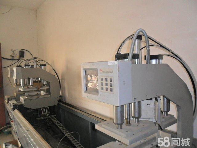 【图】出售塑钢机三位焊接机 压条锯 V口锯 双