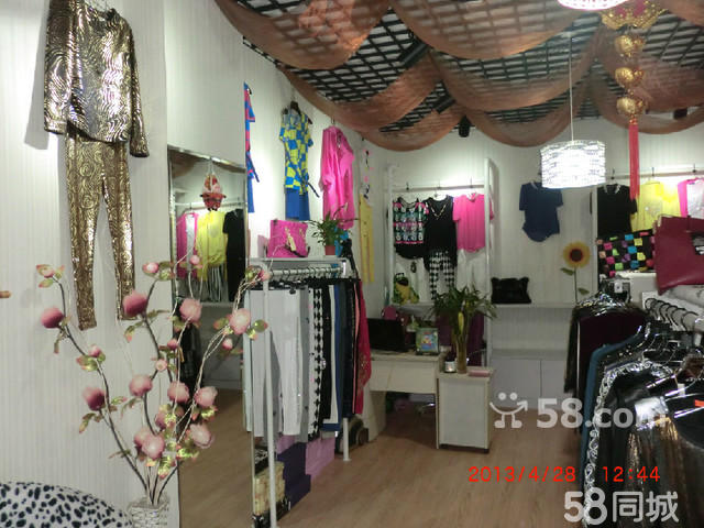 服装店成套衣服展示架