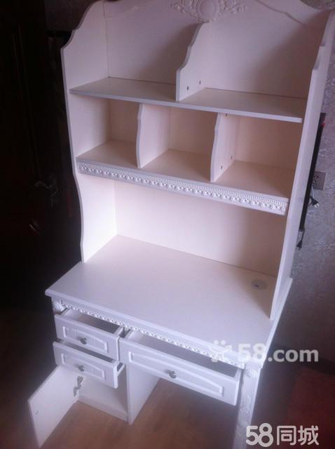 出售全新简欧式书桌写字台(白色)