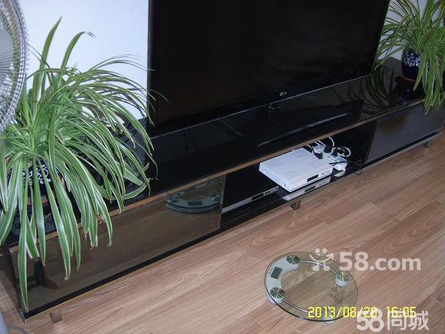 黑玻璃台面不锈钢框架电视柜转让