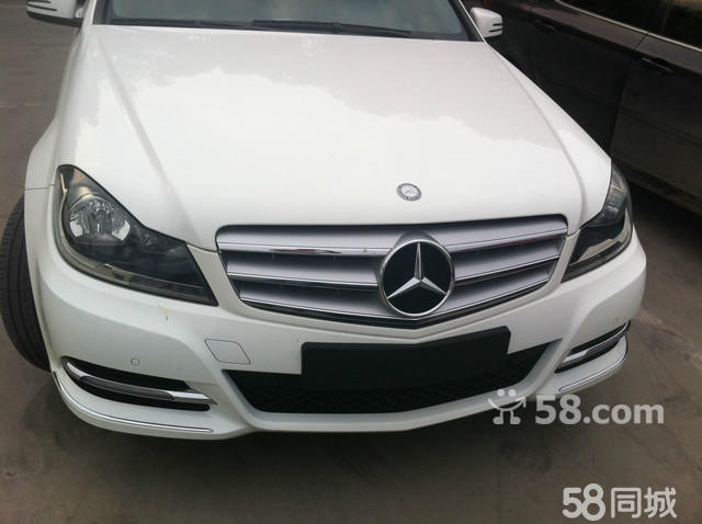 2013款北京奔驰c200_【2014款奔驰C200进口版多少钱两厢奔驰C2