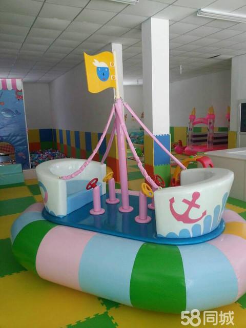 儿童淘气宝海盗船