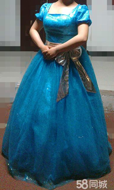 塑料袋diy晚礼服裙子图片_环保时装秀服装图片图片
