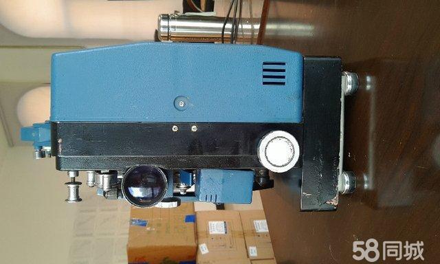 【图】珍藏多年的一台老式胶片电影放映机