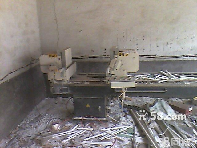 【图】塑钢设备,4位焊机,V口机, 双头切, 三项电