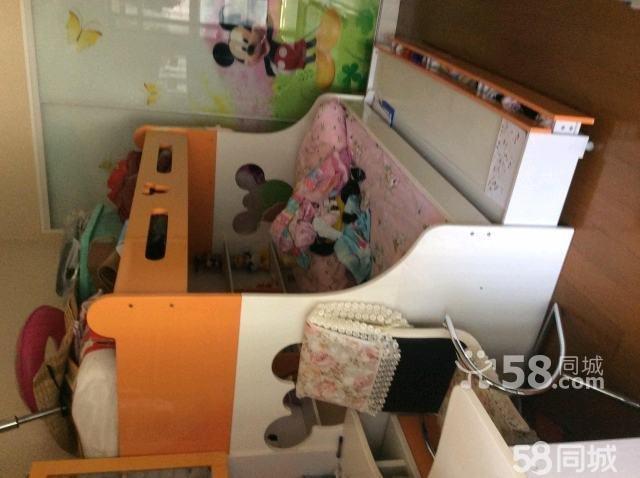 【图】9成新双层儿童床带小书桌书柜搬家转让
