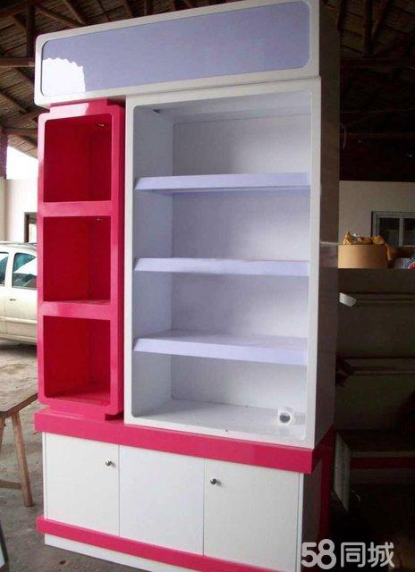 烤漆展柜,实木货架等),精品钛合金展柜,玻璃展柜,展示架,柜台.
