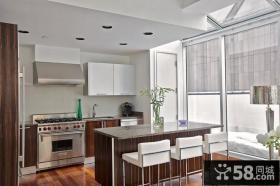四室两厅简欧风格家庭厨房橱柜装修效果图