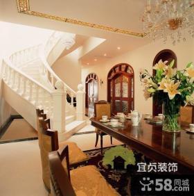 美式复式楼楼梯装修效果图欣赏