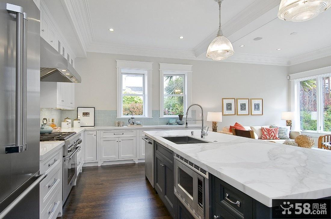 小户型家居开放式厨房装修效果图图片