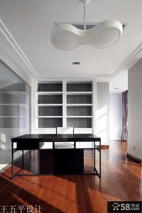 别墅书房书桌装修效果图