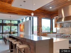 现代风格家居厨房吧台装修效果图
