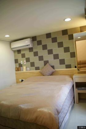 现代简约家庭装修复式卧室设计