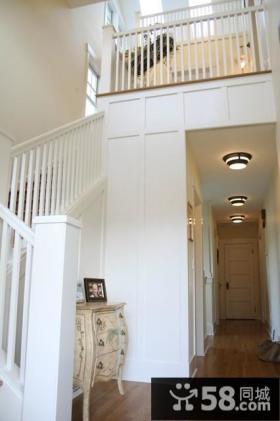 90平地中海家居复式楼梯装修设计