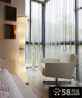 2013优质卧室小阳台设计效果图欣赏