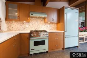 美式风格厨房装修效果图片
