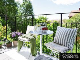小户型露天阳台椅子图片