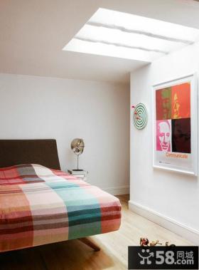 复式楼丰富的色彩打造现代卧室装修效果图