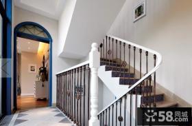 复式楼旋转楼梯设计效果图