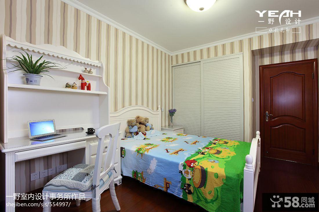 儿童卧室衣柜移门装修效果图