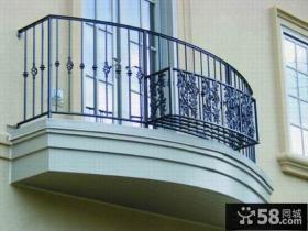 小户型锌钢阳台护栏装修效果图