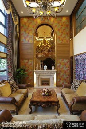 别墅挑高客厅背景墙装饰效果图