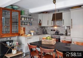 简欧风格设计别墅室内餐厅装修图片
