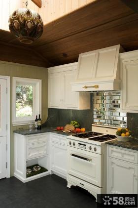 欧式厨房实木橱柜效果图