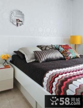 80后宅女的单身公寓温馨卧室装修效果图