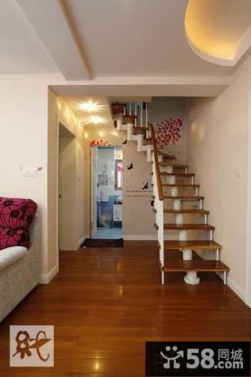 小复式楼梯设计装修效果图