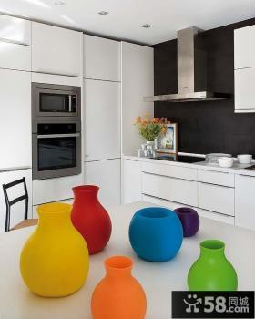 80平小户型现代时尚风格厨房装修效果图欣赏