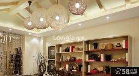 别墅室内创意圆球吊灯图片
