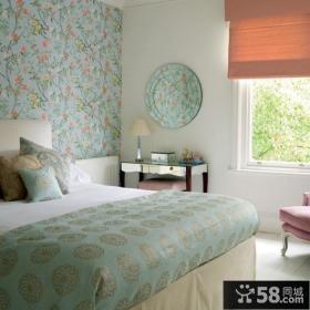 时尚卧室墙纸装修效果图