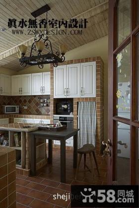 复式楼厨房吧台装修效果图
