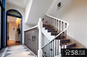 地中海风情回旋楼梯设计装修效果图
