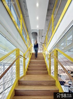 室内跃层楼梯设计