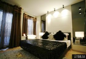 简约卧室床头背景墙装修效果图片