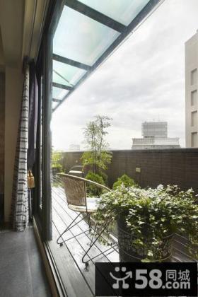 现代田园风阳台装修设计效果图片
