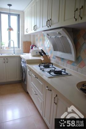 简欧长厨房装修效果图片
