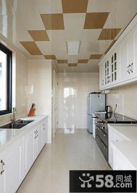 狭长型整体厨房集成吊顶装修效果图