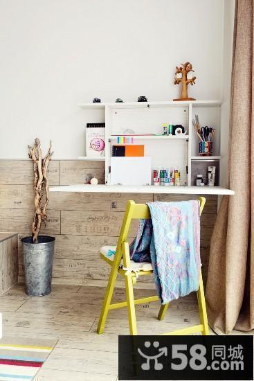 小户型书房书桌设计效果图欣赏