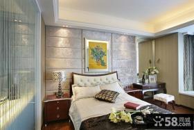 欧式主卧室带卫生间装修效果图